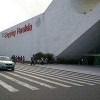 Photo taken at Shopping Paralela by Marcos S. on 12/2/2011