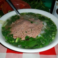 Photo taken at Phở Bắc Hải by Никола К. on 2/4/2015
