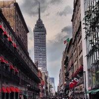 Das Foto wurde bei Corredor Peatonal Madero von Ramon G. am 9/22/2013 aufgenommen
