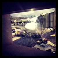 12/24/2013にJ R.がGate C1で撮った写真