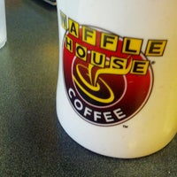 Photo taken at Waffle House by Erin H. on 8/31/2013