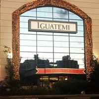 Foto tirada no(a) Shopping Iguatemi por Daniel B. em 11/13/2012
