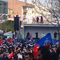 Photo taken at Ataşehir Akparti Mitingi by Ibrahim E. on 3/29/2014