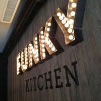 Снимок сделан в Funky Kitchen пользователем Alina S. 5/7/2013