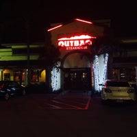 Photo taken at Outback Steakhouse by Carlos A. on 12/16/2014