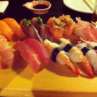 Photo taken at Hideki Sushi Bar e Restaurante by Bruno F. on 5/12/2013
