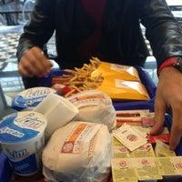 Photo taken at Burger King by Yağız U. on 11/18/2013