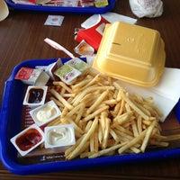 Photo taken at Burger King by Yağız U. on 10/5/2013