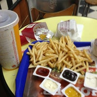 Photo taken at Burger King by Yağız U. on 5/15/2013