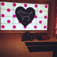 Снимок сделан в Victoria's Secret пользователем Olya S. 12/27/2012