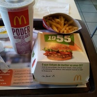 Photo taken at McDonald's by Gilberto Junior D. on 10/3/2012