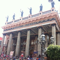 7/23/2013 tarihinde Akemi K.ziyaretçi tarafından Teatro Juárez'de çekilen fotoğraf