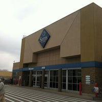 Photo taken at Sam's Club by Edwin A. on 12/29/2012