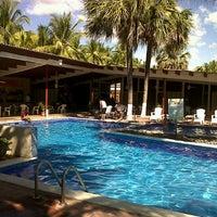 Foto tomada en Hotel Izalco & Beach Resort por Kevin A. el 12/22/2012