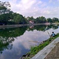 Photo taken at Embung Lampeyan by Tantri R. on 5/11/2017
