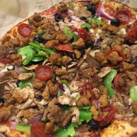 Photo taken at Pieology Pizzeria by Rommel N. on 11/7/2016