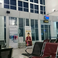 Photo taken at Jalaluddin Airport (GTO) by Nivho L. on 11/21/2016