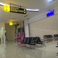 Photo taken at Jalaluddin Airport (GTO) by Nivho L. on 7/30/2017
