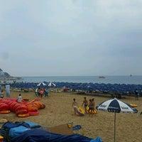 Photo taken at Haeundae Beach by jenney k. on 8/15/2016