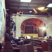 Foto tomada en Biblioteca Miguel Lerdo de Tejada por Victoria C. el 11/28/2012
