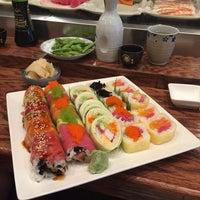 Foto tomada en Takei Sushi por Cindy R. el 7/17/2017