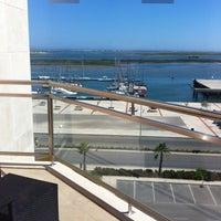 Foto tirada no(a) Real Marina Hotel & Residence por Maria em 6/20/2013