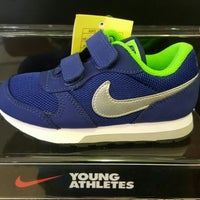 Photo taken at Nike Outlet @ Premium Cha Am Outlet by Qu s. on 10/25/2015