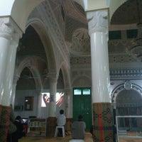 Photo taken at Mosquee Aboubaker Sedik by Nabli R. on 5/4/2013
