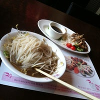 Photo taken at Pho Roi by Kat 고양희 B. on 2/28/2013