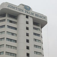 Photo taken at Jomtien Palm Beach Hotel&Resort by Tanaporn H. on 2/2/2013