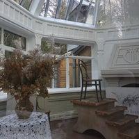 Снимок сделан в Дом И.Е.Репина пользователем Olga M. 5/1/2017