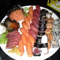 Photo taken at Sakanã Sushi & Hand Rolls by Fernando A. on 9/30/2012
