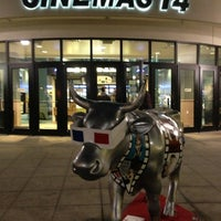 Photo taken at Regal Cinemas North Hills 14 by Lee C. on 1/31/2013