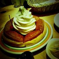 Photo taken at Komeda's Coffee by Takao O. on 4/20/2013