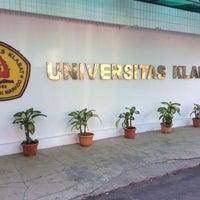 Photo taken at Universitas Klabat (UNKLAB) by tanyaPAJAK on 10/9/2014