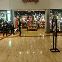 Photo taken at Disney Store by JR T. on 12/13/2016