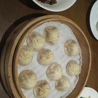 Photo taken at Din Tai Fung 鼎泰豐 by David A. on 6/23/2017