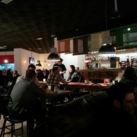 Foto tomada en Raff Tapas & Bar por Matías S. Z. el 11/22/2013