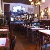 Foto tirada no(a) Café Brasilero por Schizzibooks p. em 1/21/2013