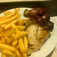 Photo taken at Villa Chicken & Grill by Fernando E. on 11/30/2012