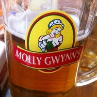 Foto diambil di Молли Гвиннз / Molly Gwynn's oleh Karasev D. pada 7/5/2013