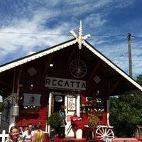 6/18/2013 tarihinde Miki H.ziyaretçi tarafından Cafe Regatta'de çekilen fotoğraf