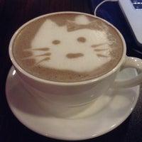 Das Foto wurde bei Amsterdam Dutch Coffee von Krizell M. am 7/11/2016 aufgenommen
