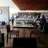 Photo taken at Restaurante La Barquera by Fernandinho G. on 9/26/2012