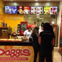 Photo taken at Doggis by Cibele F. on 5/13/2014
