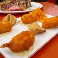 Foto tomada en Origami Sushi por Gustavo B. el 12/2/2012