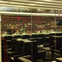 Foto scattata a Civil Cigar Lounge da Justin R. il 1/9/2013