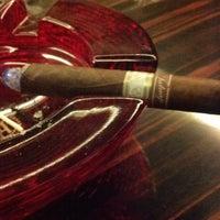 Foto scattata a Civil Cigar Lounge da Justin R. il 4/20/2013