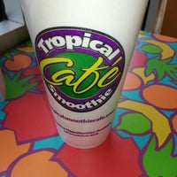 Photo taken at Tropical Smoothie Cafe by Darque I. on 11/15/2012