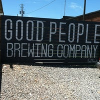 Foto tirada no(a) Good People Brewing Company por Tony A. em 5/25/2013